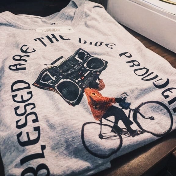Image of THE VIBE PROVIDER | T-SHIRT & SWEATER