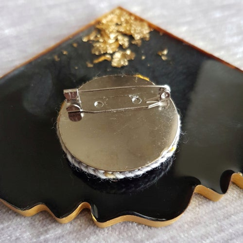 Image of TEXTILE BROOCH - Paved with Gold
