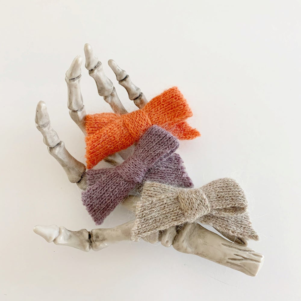 Image of Halloween Sweater Bows