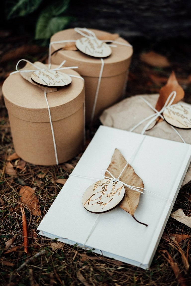 Image of Set of 6 [WANT, NEED, WEAR, READ, SHARE , DO] GIFT TAGS | WILDFLOWER DESIGN