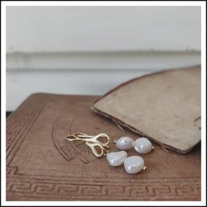 Image of Gemini Pearls