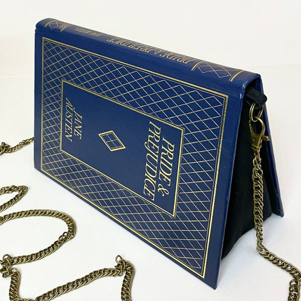 Image of Pride and Prejudice Book Purse, Jane Austen -Diamond