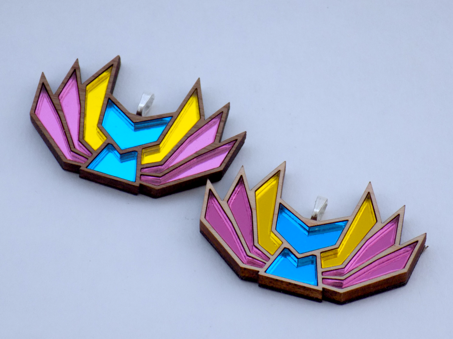 Image of Pansexual Pride Kitsune Necklace