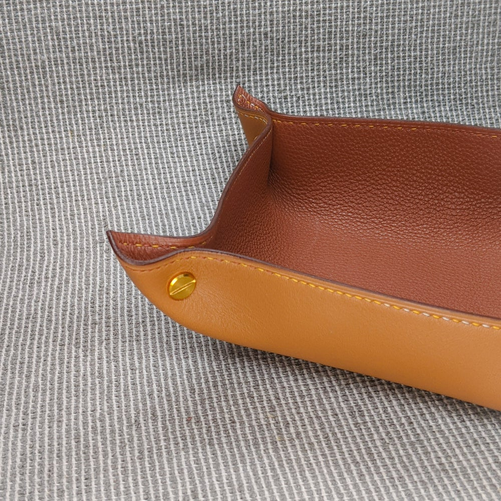 Image of VALET TRAY - Tan & Cuoio