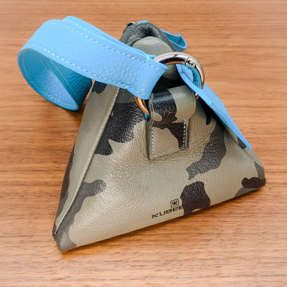 Image of TRIXY WRISTLET POUCH - Camo & Turquoise