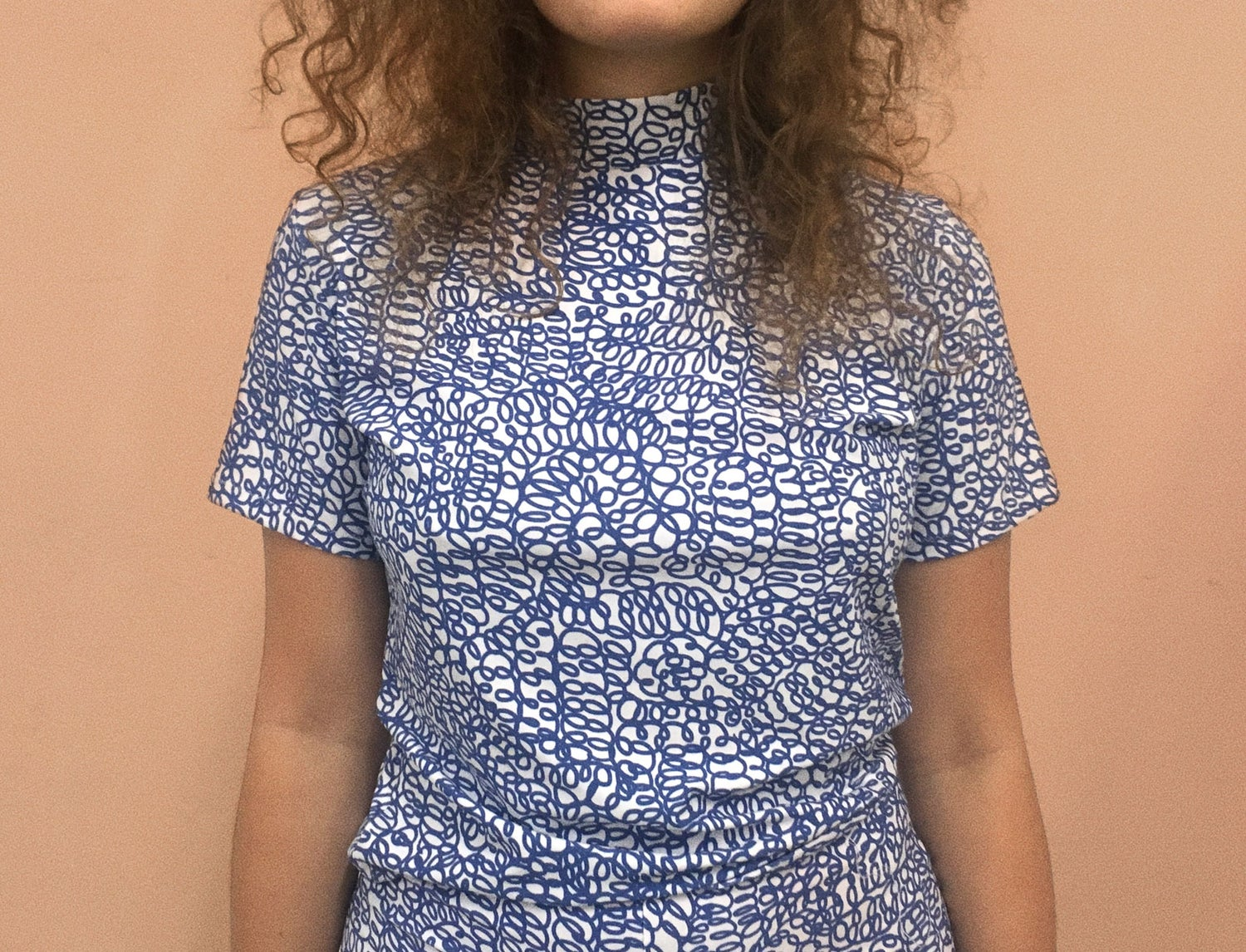 Image of CURLY WOMAN TSHIRT
