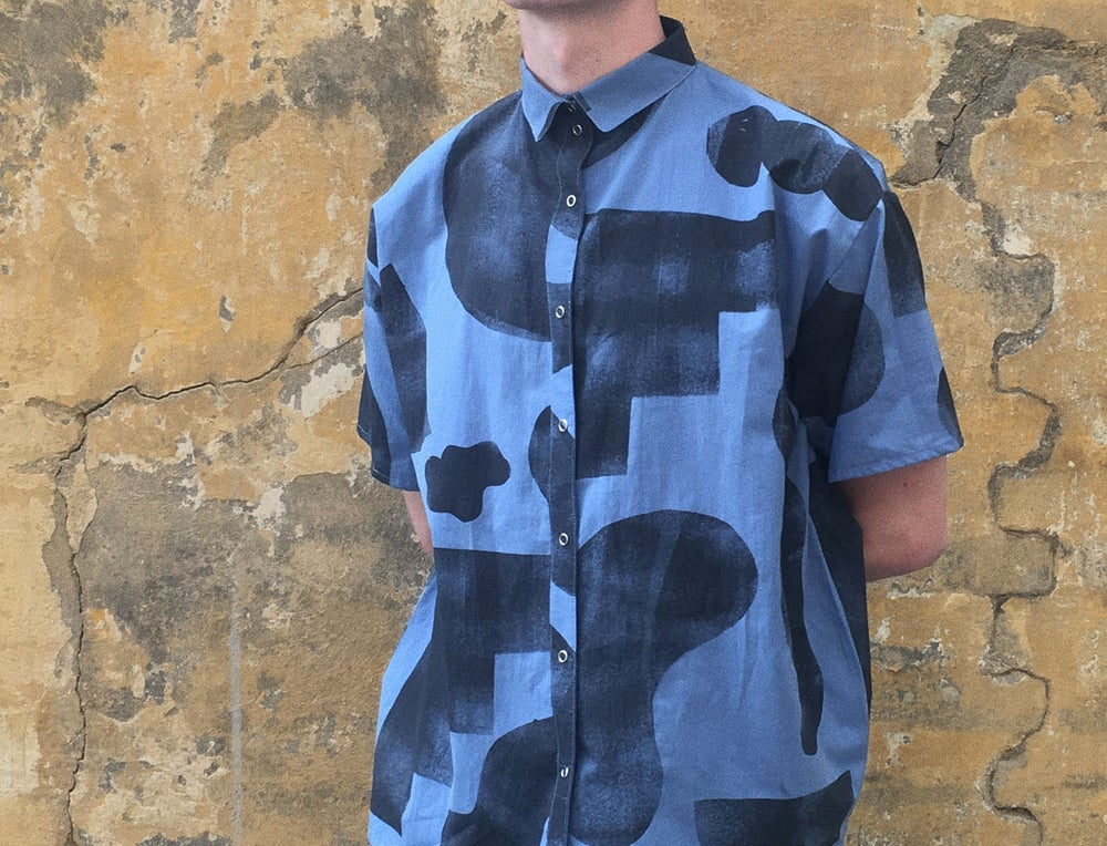 Image of STENCIL SHAPES BLUE SHIRT