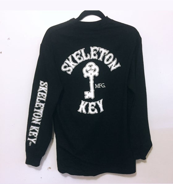 Image of Branded long sleeve.