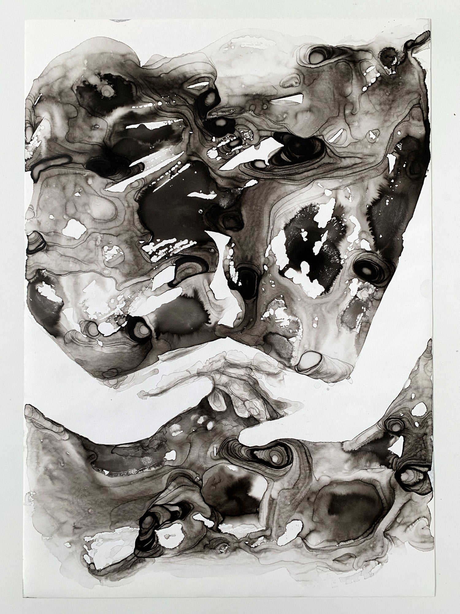 Agnes-Cecile dancing in the dark looking for you