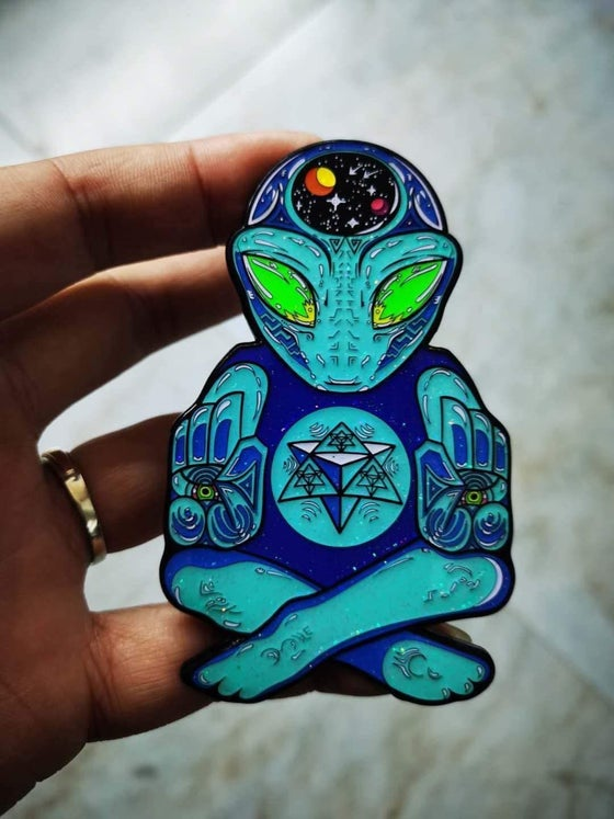Image of Universal Protector pin (preorder)