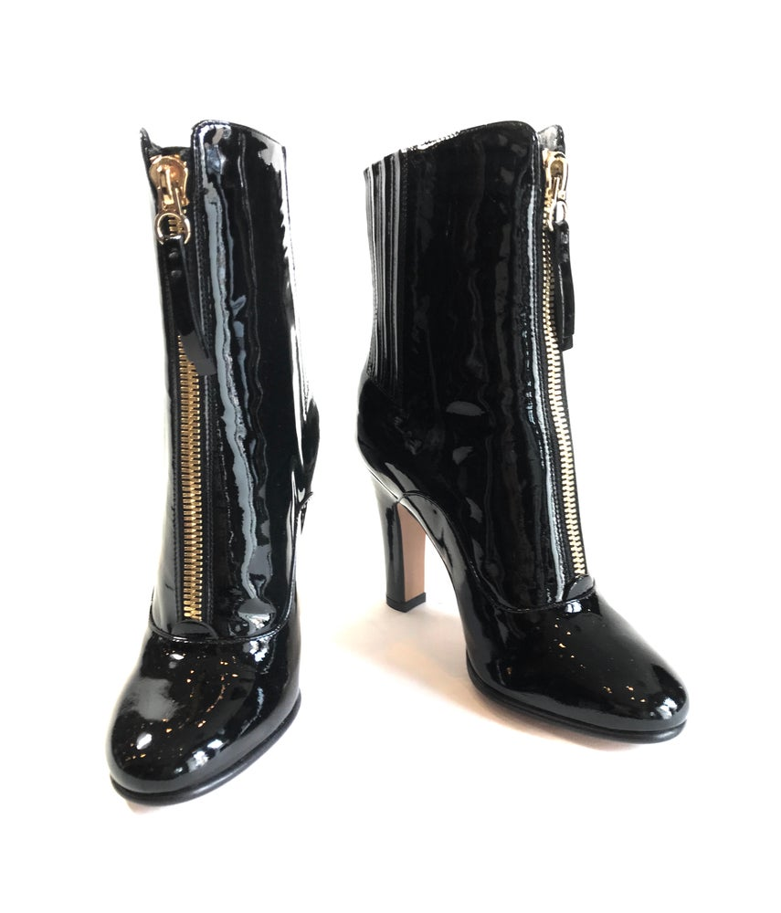 Image of Valentino Size 35  Rebelle 100 Bootie 123-161