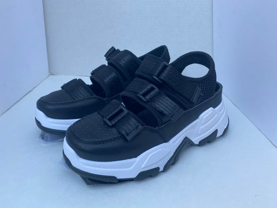 Image of Black/White Velcro Sneaker