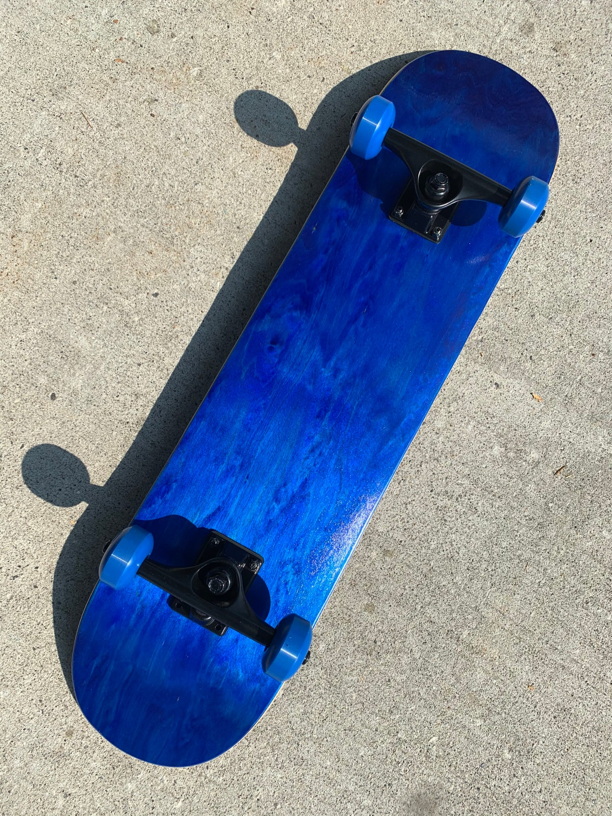 """Image of Blue Stained 7.75"""" Complete Skateboard"""