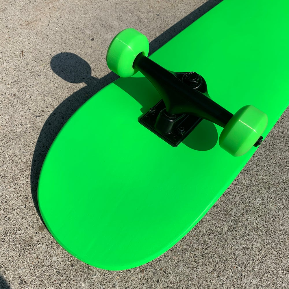 """Image of Neon Green 7.75"""" Complete Skateboard"""
