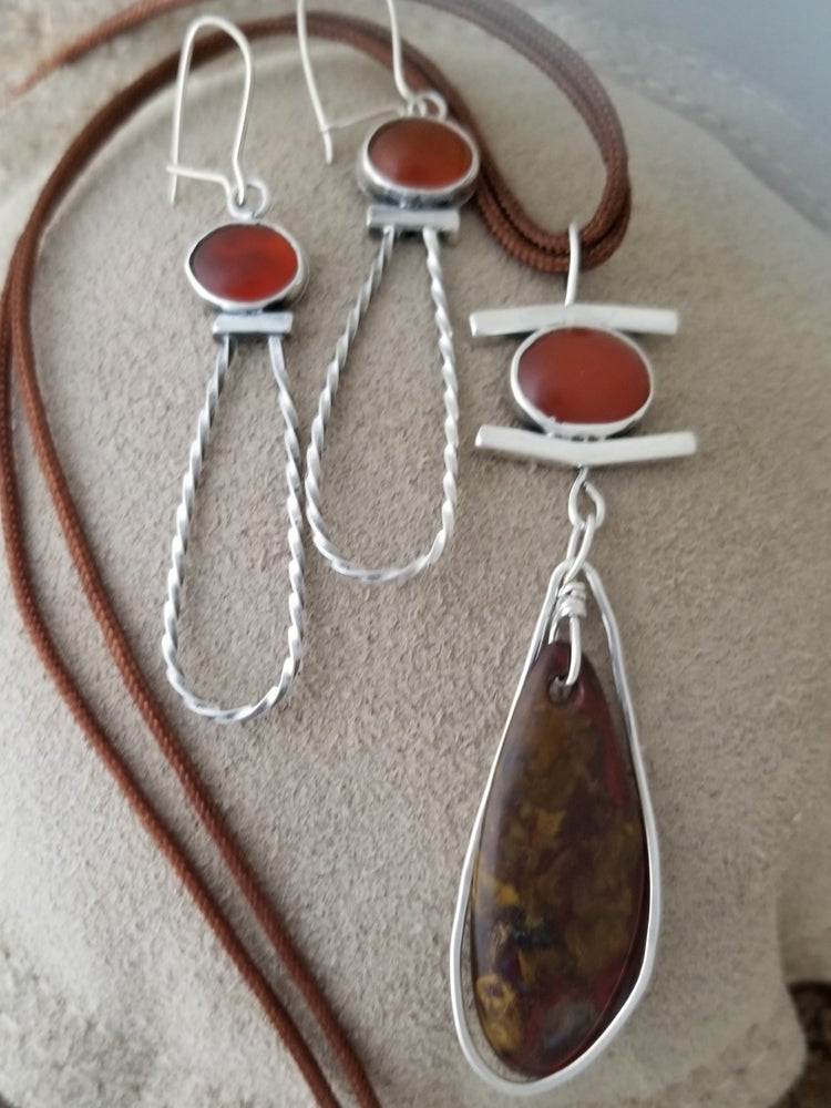 Carnelian with Drilled Agate Set
