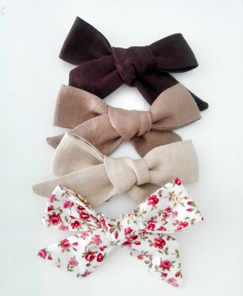 Image of Autumn Bows