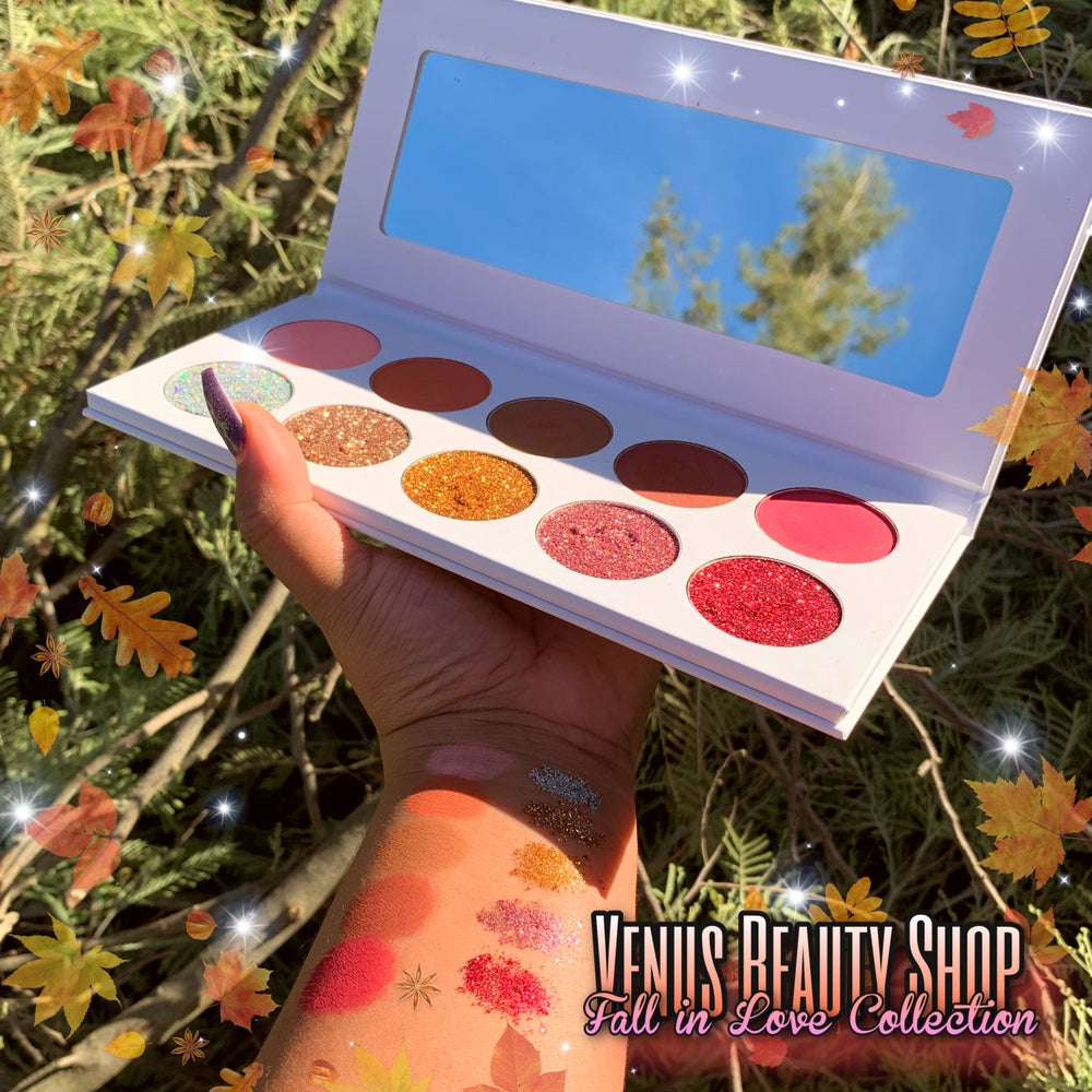 Fall in Love Collection: The Velvet Matte And Pressed glitter Pallet