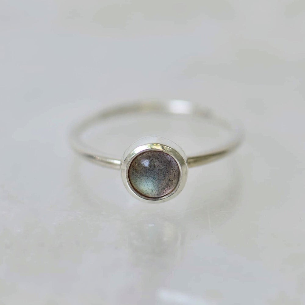 Image of Labradorite Moonstone classic ring