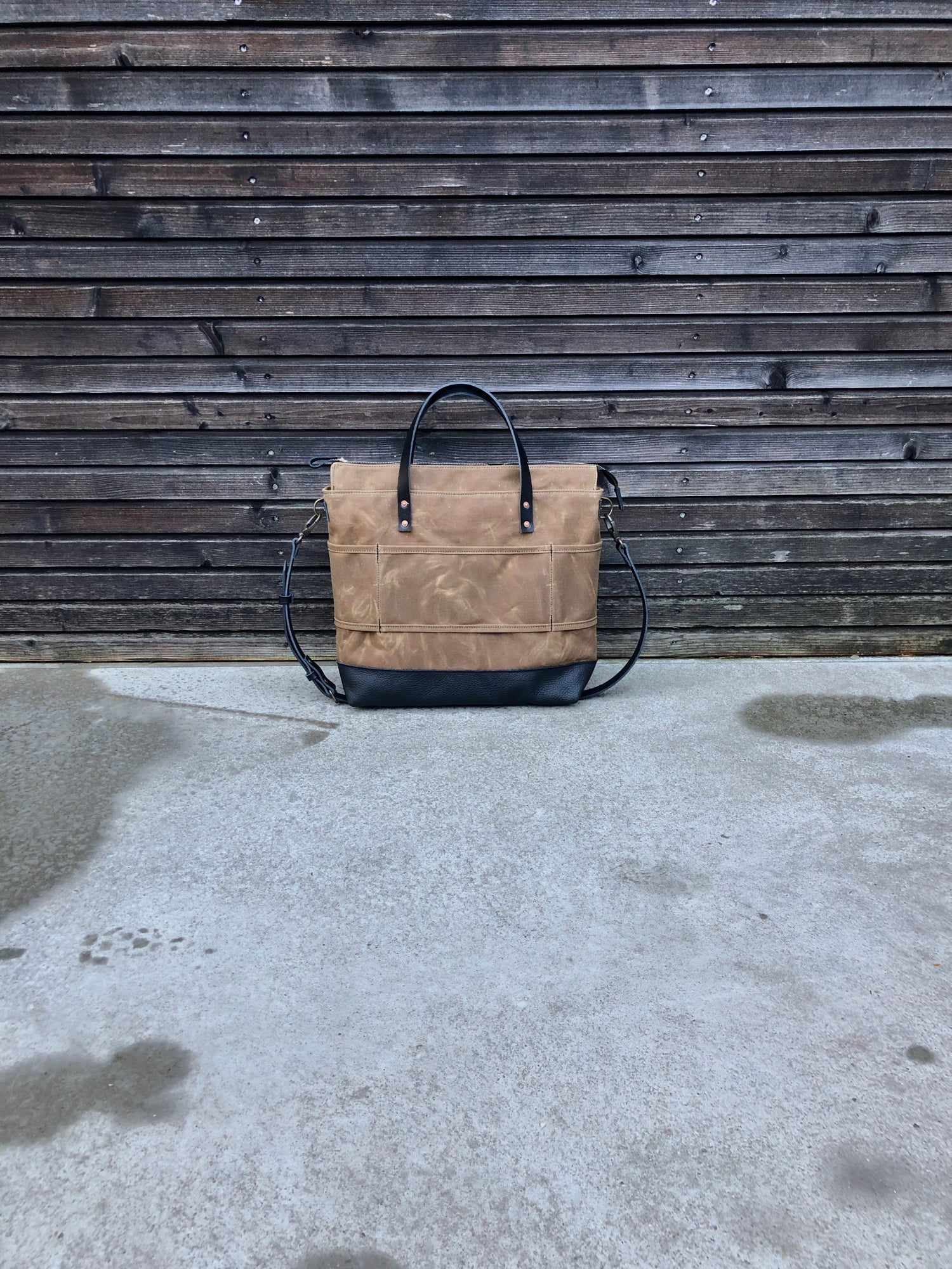 Image of Office tote bag in waxed canvas with luggage handle attachment leather handles and shoulder strap
