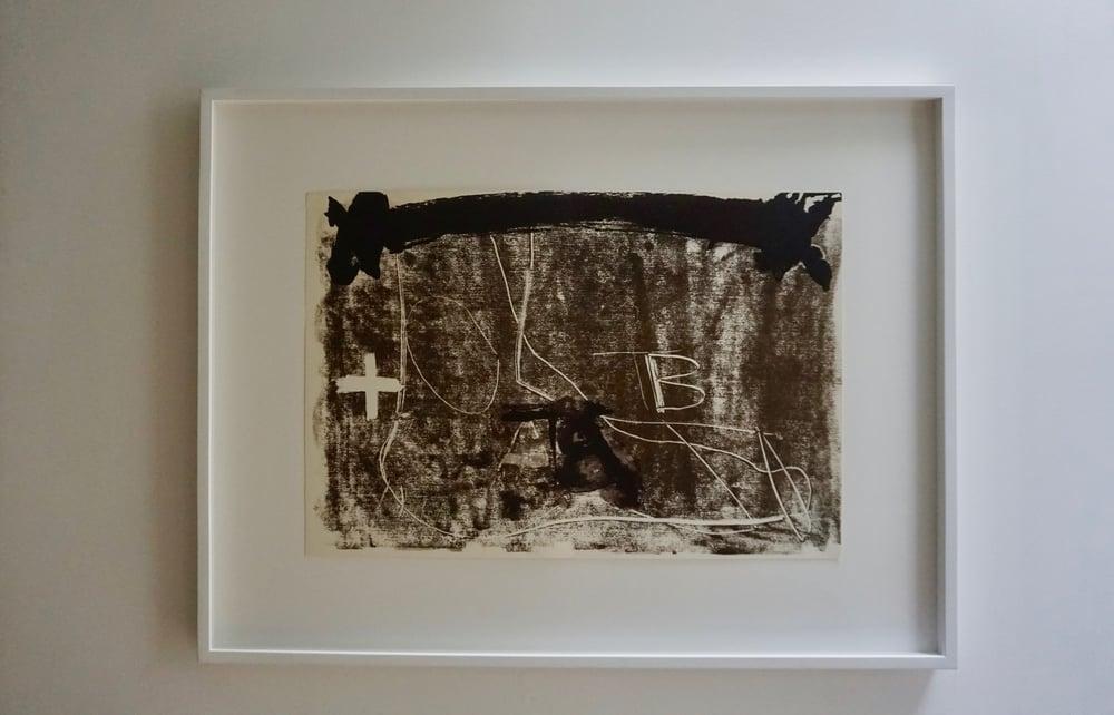 Image of antoni tapies / 22/005