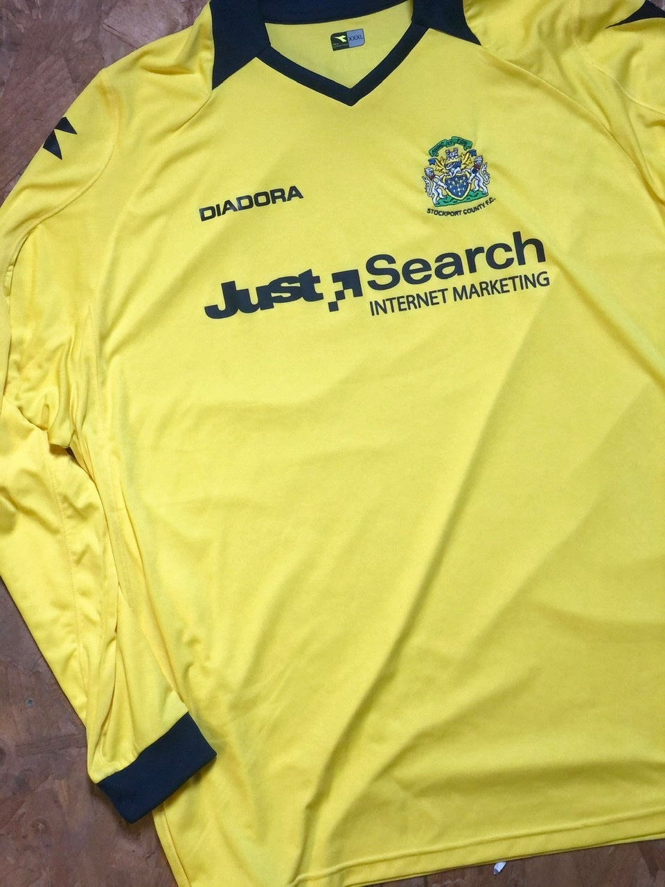 Image of Replica 2008/09 Diadora Away Goalkeeper Shirt