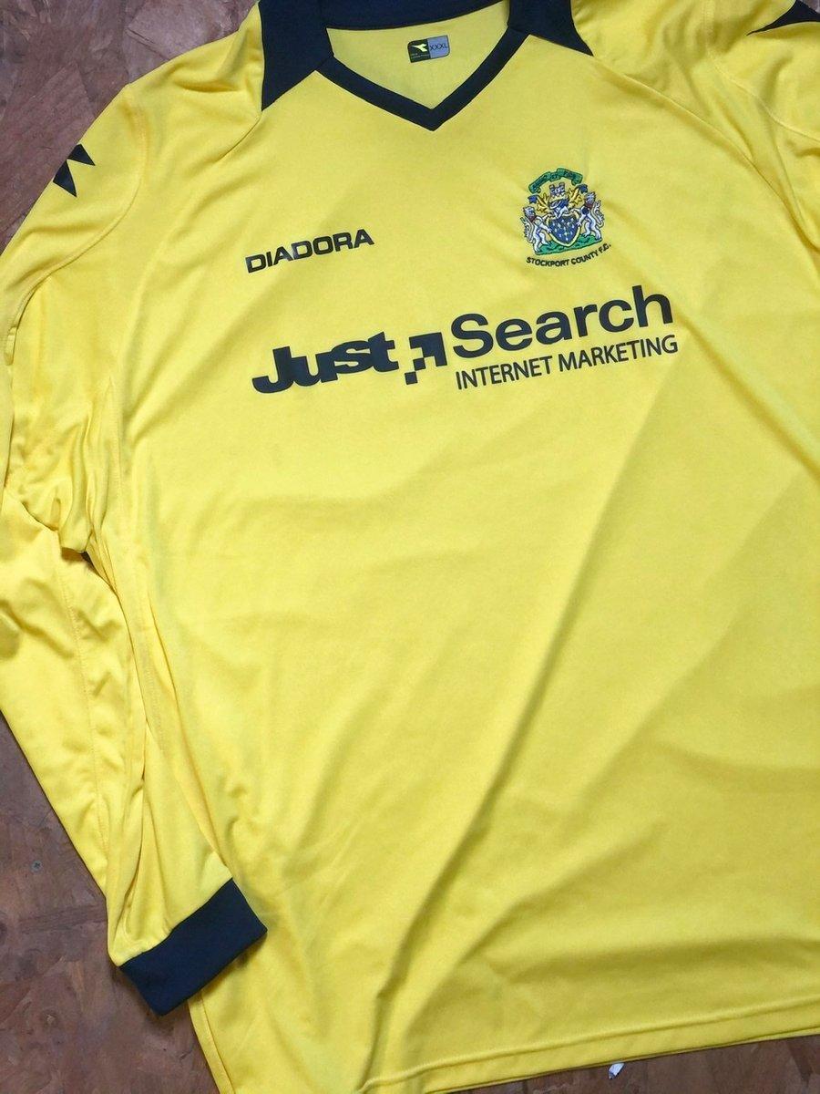 Image of Replica 2008/09 Diadora Away Goalkeeper Shirt