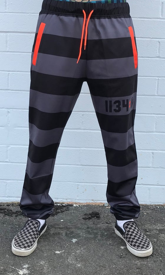 Image of LOCKDOWN SWEATS GRAY