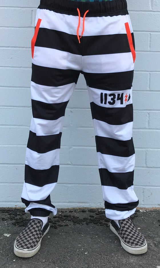 Image of LOCKDOWN SWEATS WHITE