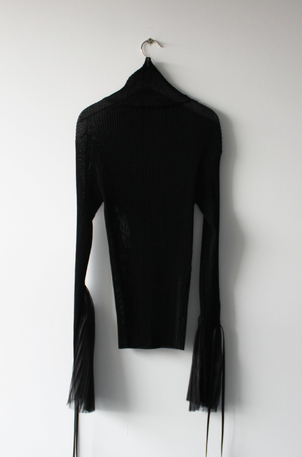Hand-set pleated jersey top with silk pleats