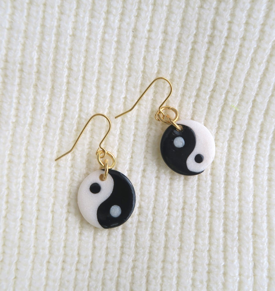 Image of MINI YIN ET YANG - Black or pink