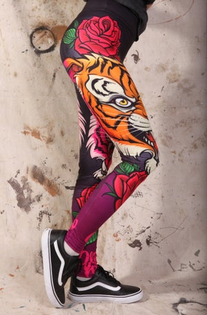 Image of Slowdown Tiger Rose Leggings
