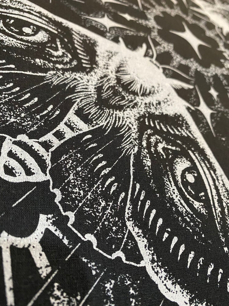 Image of Weeping Moth Bandana