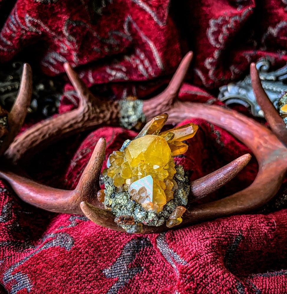 Image of Auburn Yellow Spirit Quartz & Amber - Antler Crown