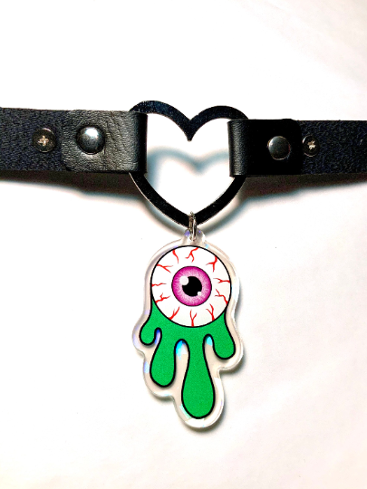Image of Eyeball Slime Heart Ring Choker