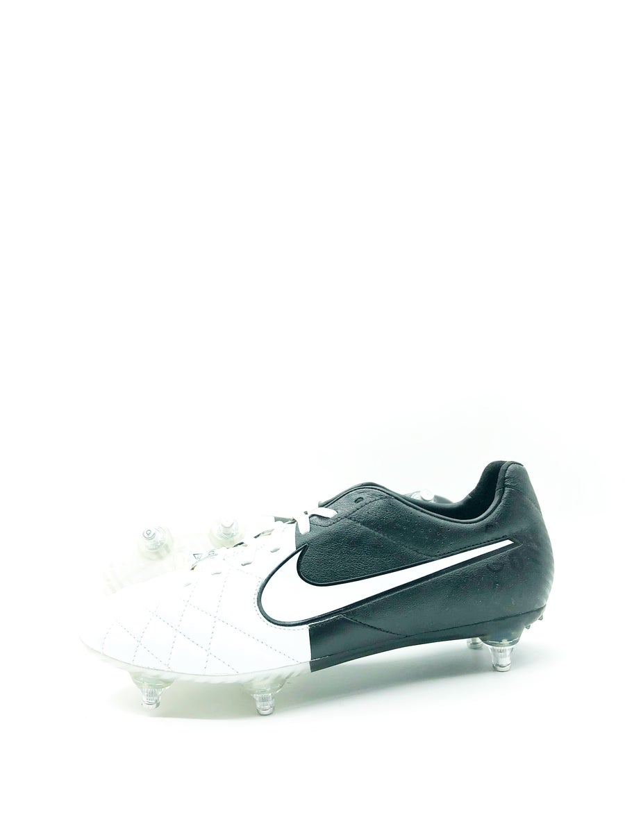 Image of Nike Tiempo IV legend SG