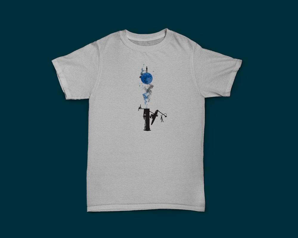 'Petalouda' (Ash Grey T-shirt)