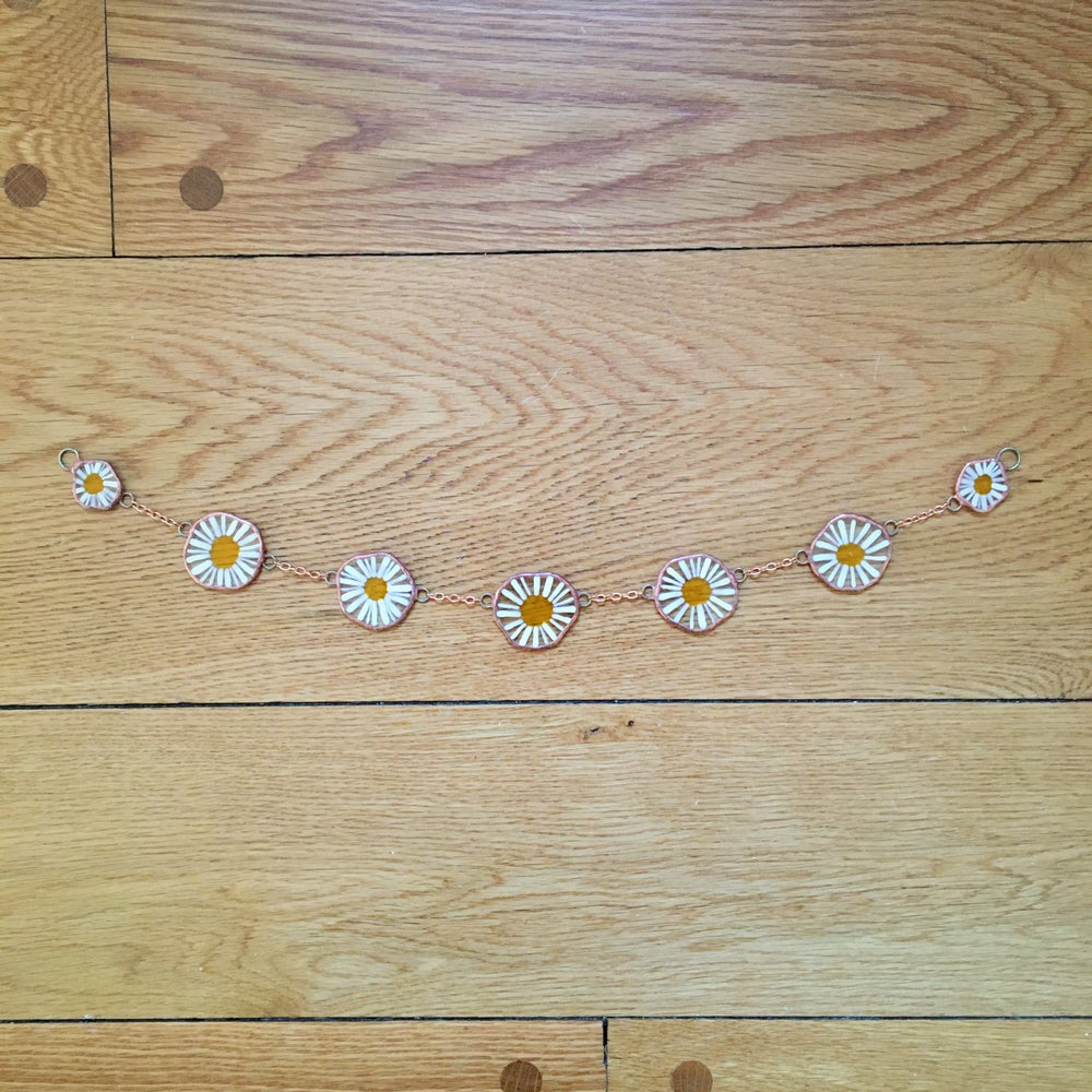 Image of Camomile Daisy Chain Garland