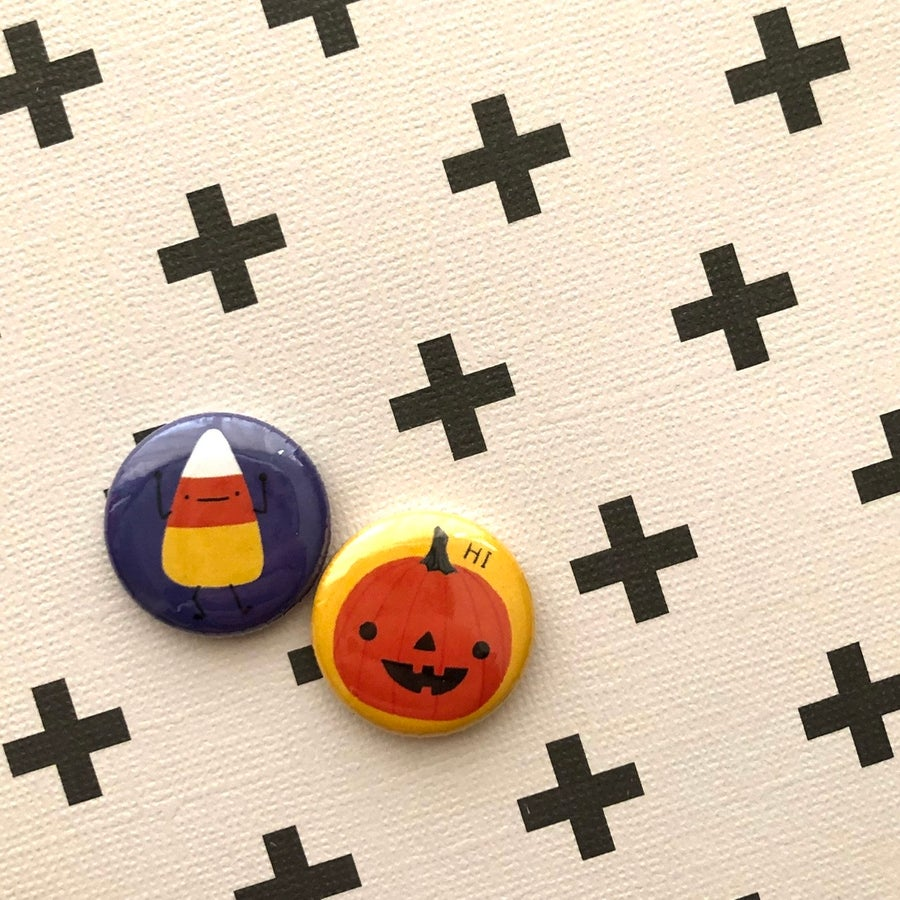 Image of spoopy halloween buttons