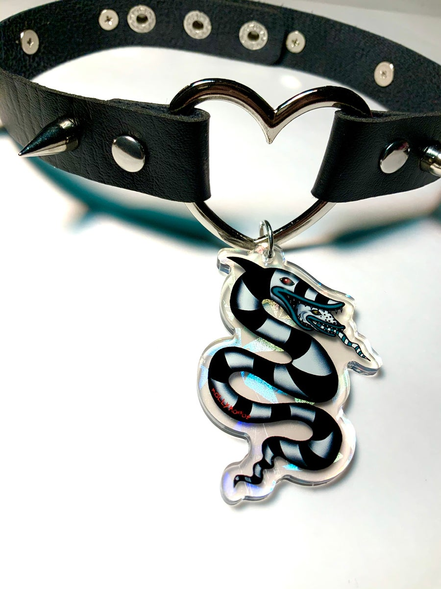 Image of Sandworm Heart-Ring Choker