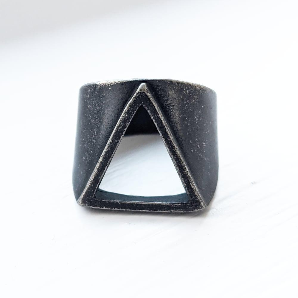 Image of Oxidised Triangle Ring