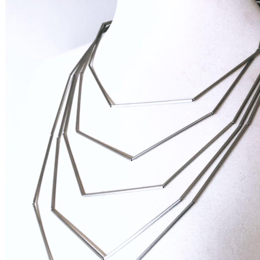 Image of Collaret Geomètric XL. Collar Geométrico XL