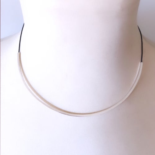 Image of Collaret reflex plata. Collar reflejo plata