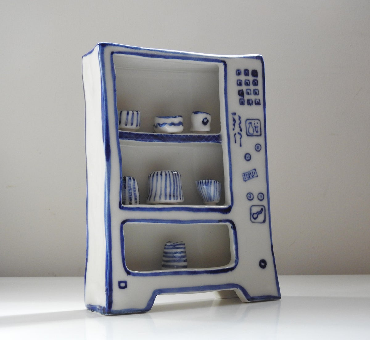 Image of Extra Large 'Play' Vending Machine - Blue & White