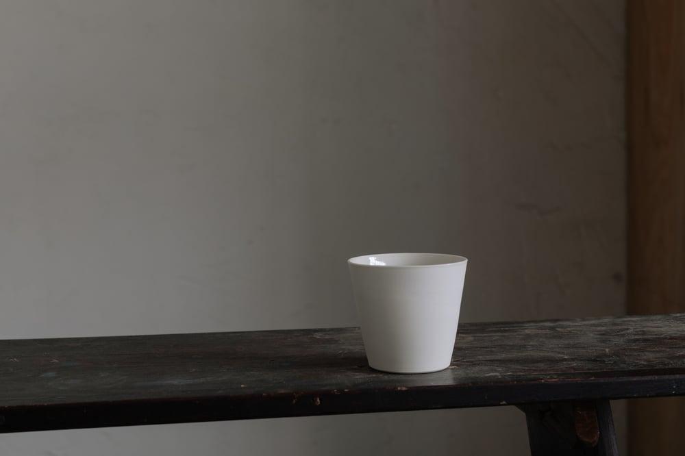 Cream Porcelain Straight Beaker