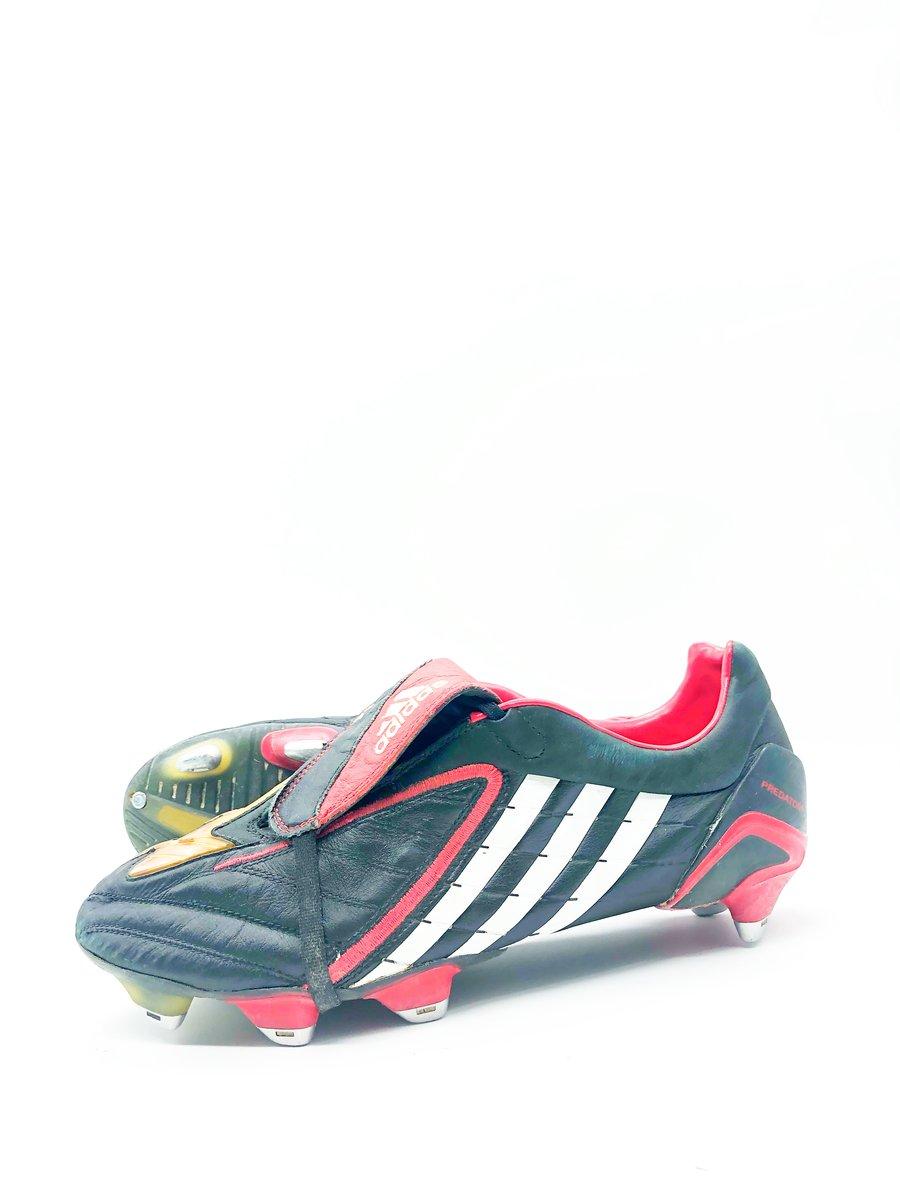 Image of Adidas Predator Powerswerve Sample Viera