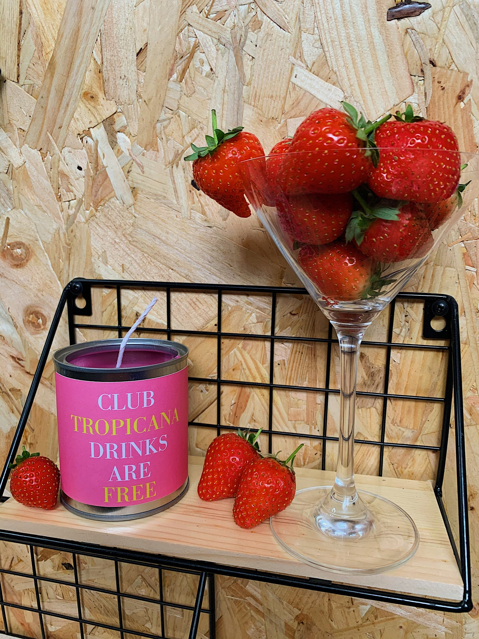 Image of 'Club Tropicana' Candle