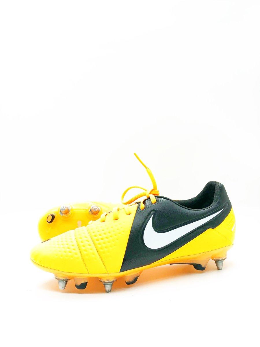 Image of Nike Ctr360 Maestri III SG