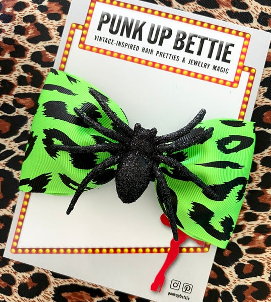 Image of Psychobilly Sparkly Spider Leopard Hair Bow - Green