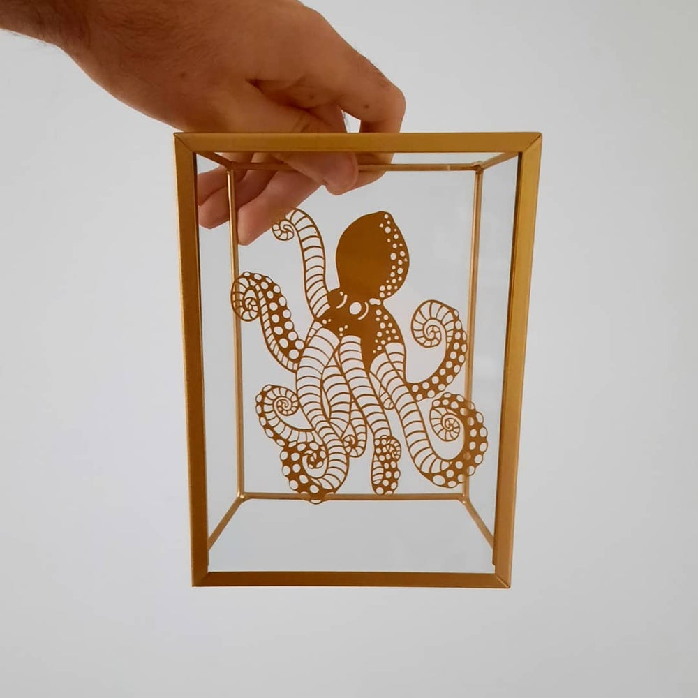 Image of Octopus Paper Cutting