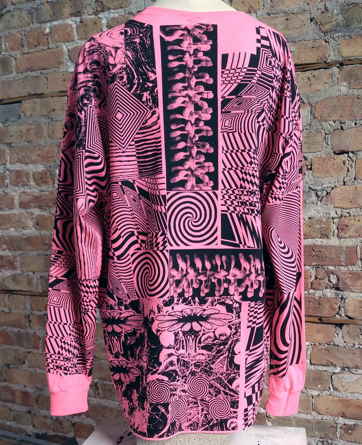 Image of Neon Pink Fishnet Man Longsleeve [XL]